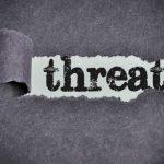 تهدید کردن جرم است