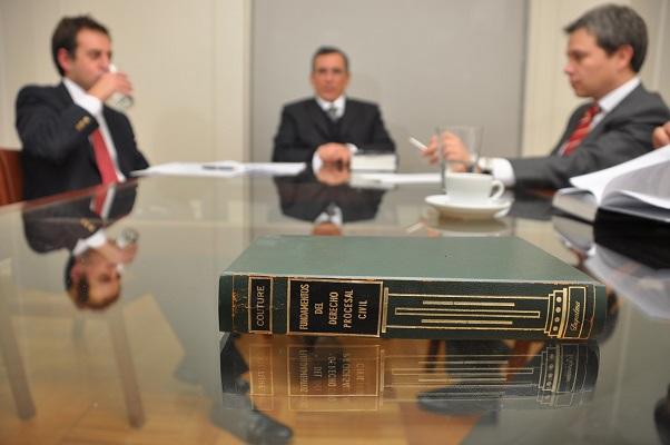 وکیل تسخیری چیست